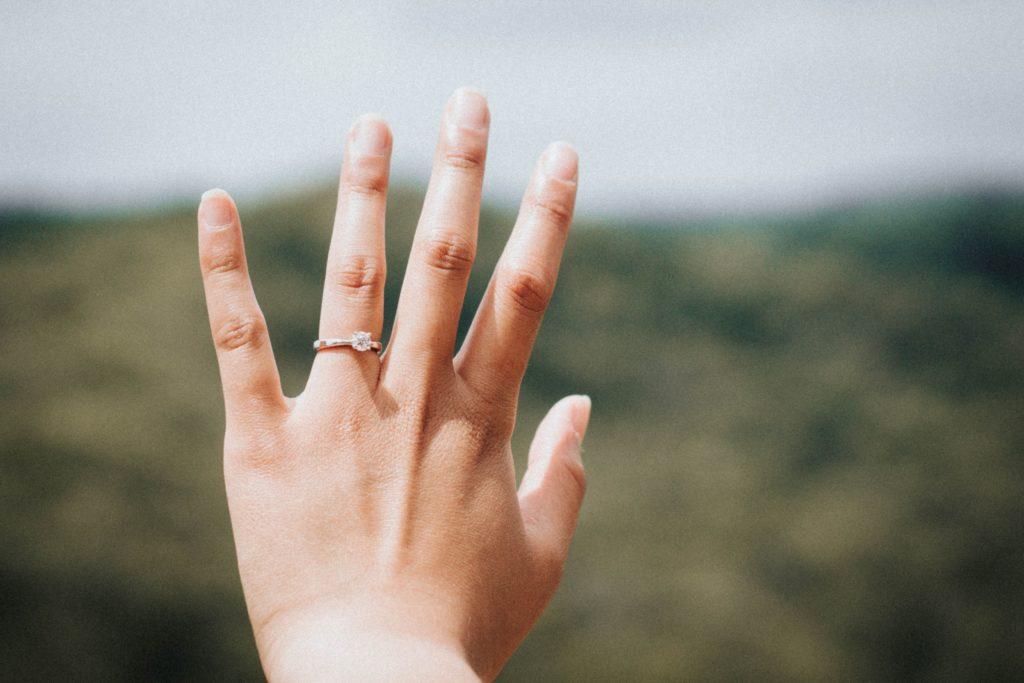 แฟนมาขอแต่งงาน